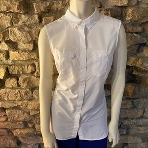 Eddie Bauer Sleeveless Buttonup Top Size M
